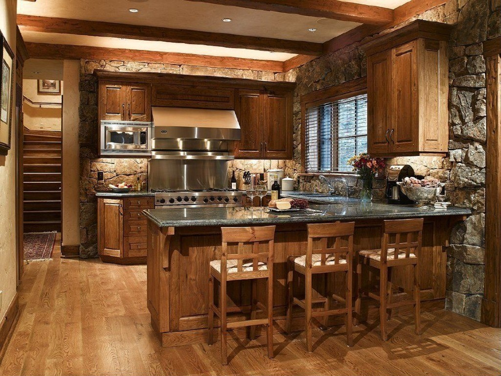 design al unei bucătării mari în stil country