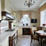 Interiorul bucătăriei în stil Provence