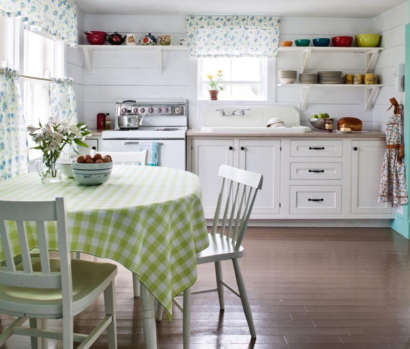 design confortabil al unei bucătării mari