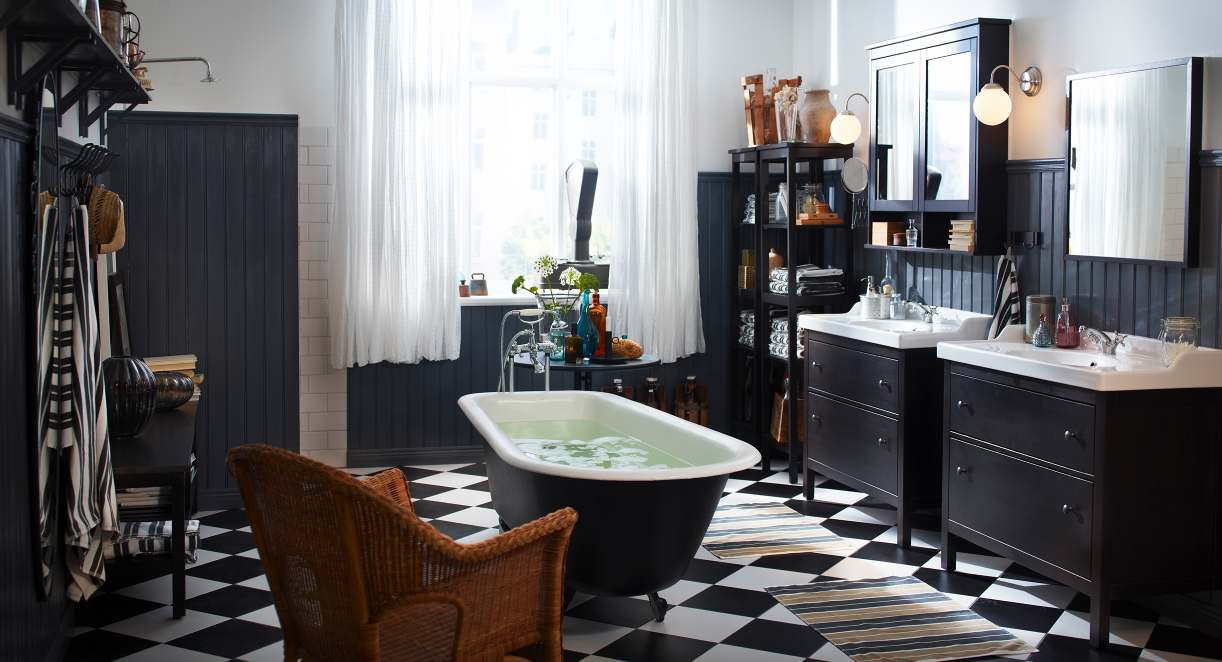 Salle de bain vintage noir et blanc
