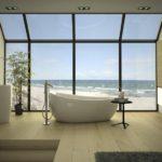 Conception de salle de bain dans une maison privée avec vue sur la mer