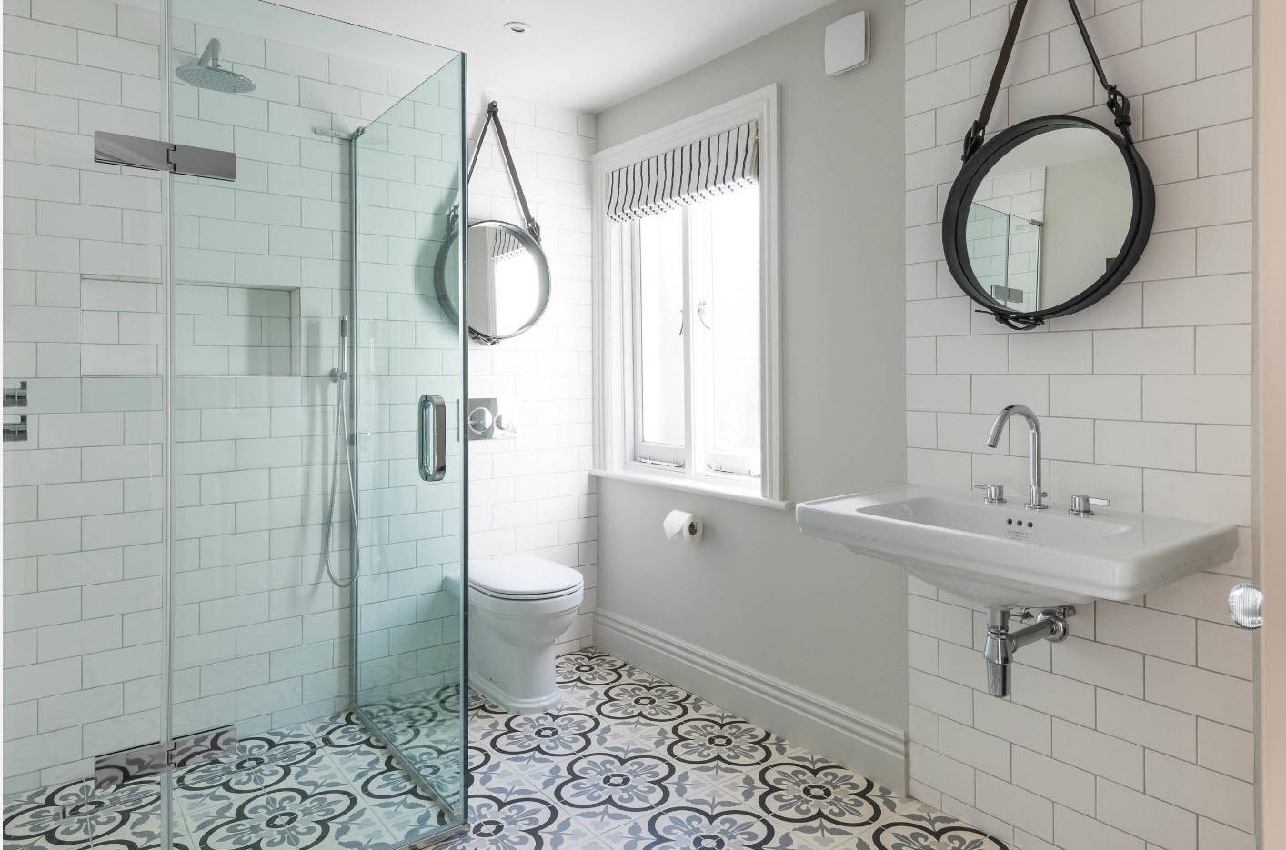 conception de salle de bain avec WC