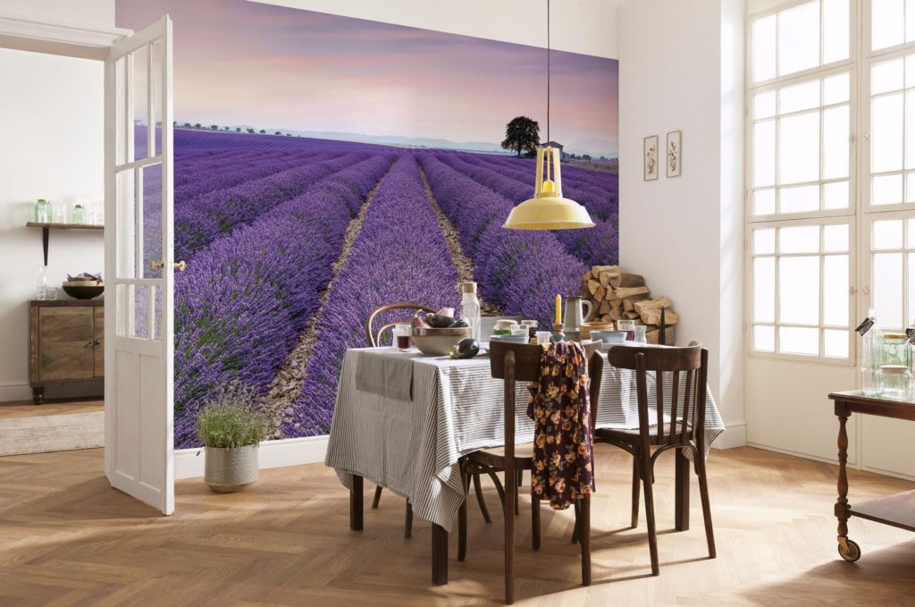Picturile de perete din interiorul bucătăriei din material nețesut sunt mai realiste