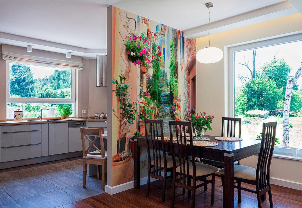 Pictură de perete în interiorul bucătăriei din material textil
