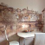 Pictură de perete în interiorul bucătăriei cu imaginea orașului vechi