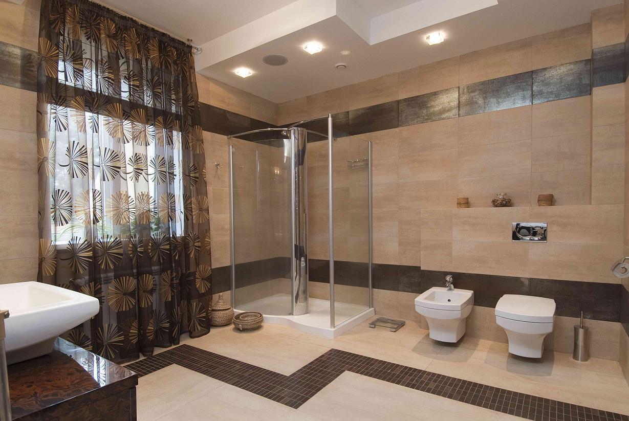 Projet de salle de bain dans une grande maison privée