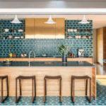 Zonarea bucătăriei moderne cu plăci ceramice