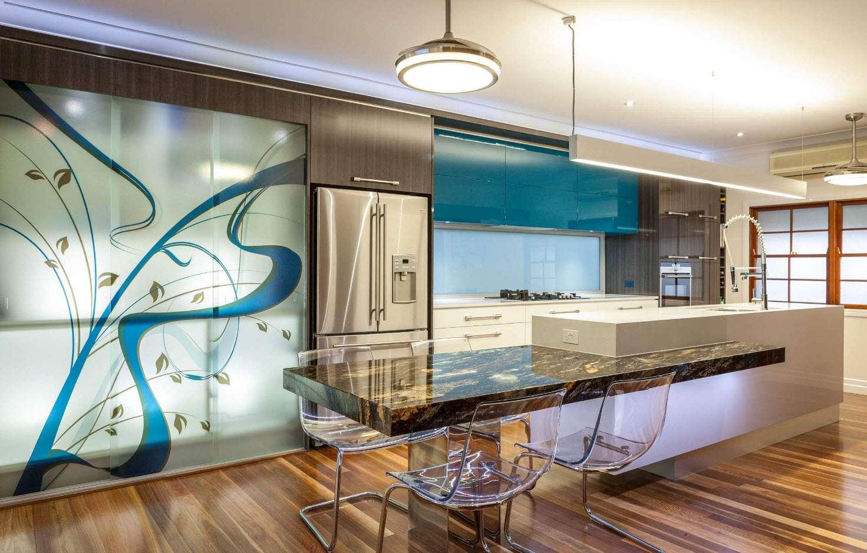 mobilier într-o bucătărie modernă