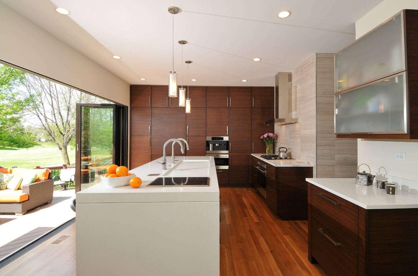 finisaj bucătărie din lemn