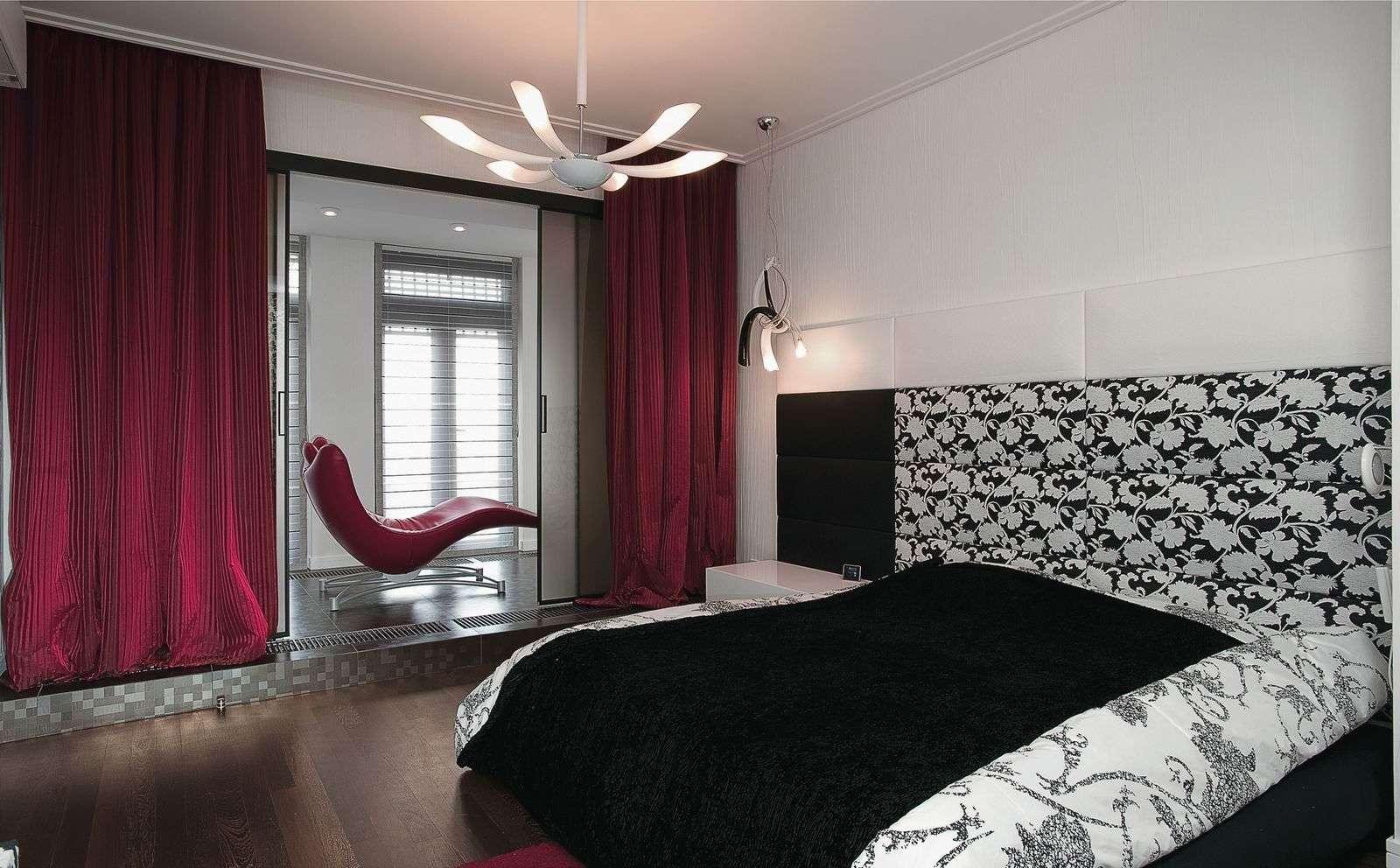 chambre lumineuse avec balcon