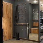 version du design lumineux du couloir d'une pièce dans une maison privée photo