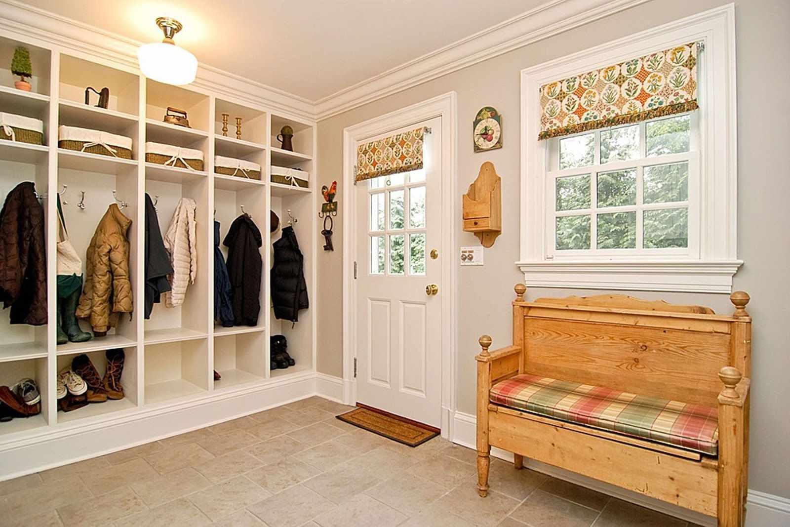 exemple d'un décor insolite du couloir d'une chambre dans une maison privée