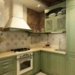 Bucătărie în stil verde Provence