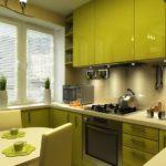 Bucătărie completă cu fațade acrilice