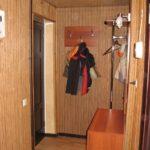Intérieur d'un vrai couloir en marron