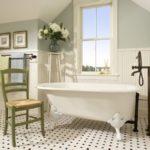 Chaise de salle de bain de style rustique rétro