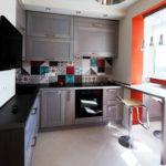 Bucătărie mică combinată cu balcon