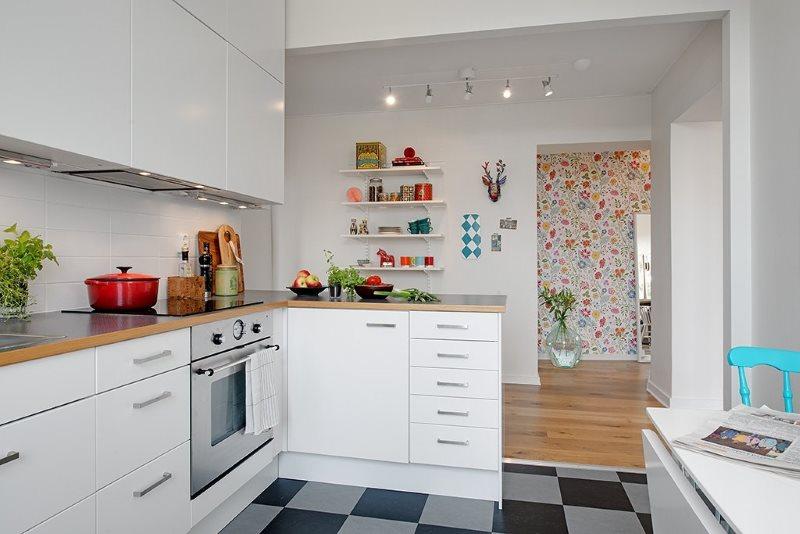 Interiorul bucătăriei private în stil scandinav