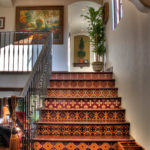 Carreaux de mosaïque dans les escaliers