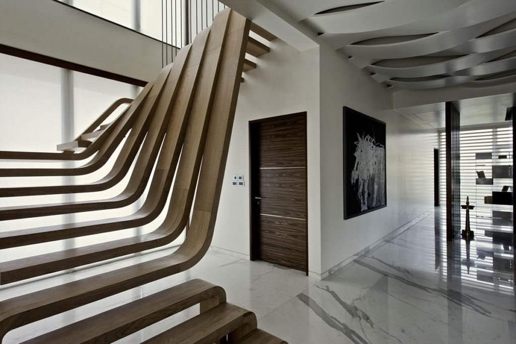 Escalier original au design futuriste