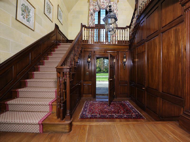 Escalier massif de style britannique