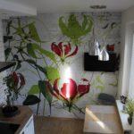 Impression lumineuse sur la peinture murale dans la cuisine
