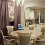 المائدة المستديرة في النمط الكلاسيكي