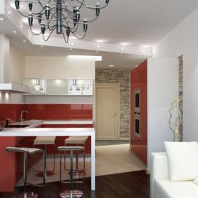 Nhà bếp hiện đại với ghế sofa màu trắng.