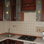Tablier de cuisine en carreaux carrés
