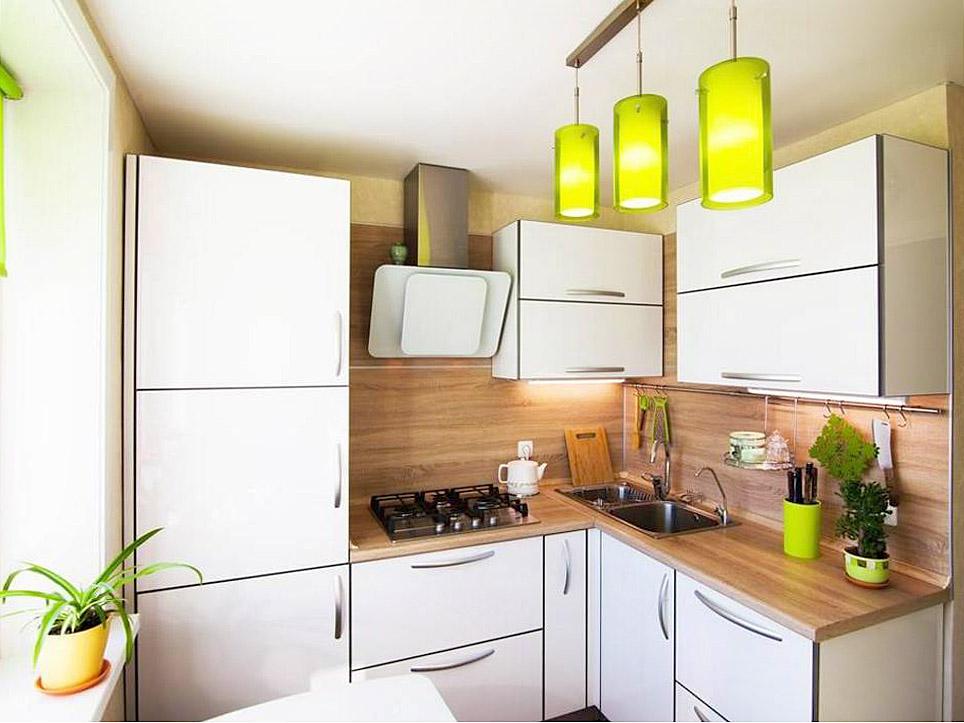 Iluminat în bucătărie cu set de colț