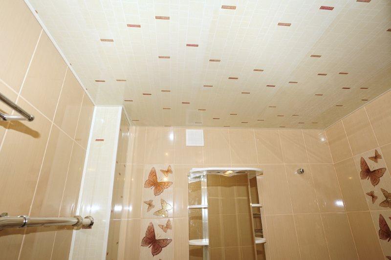 Tấm ốp tường phòng tắm với tấm nhựa PVC màu be