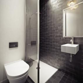 Salle de bain minimaliste avec douche