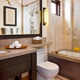 Cửa kính trong bồn tắm acrylic