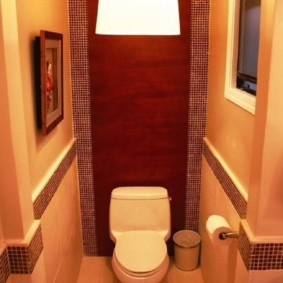 Décor de murs de toilettes en mosaïque