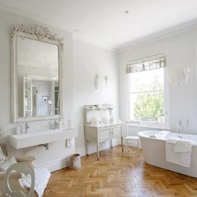 Sàn gỗ trong phòng tắm