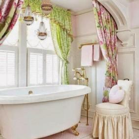Dệt sáng trong nội thất của phòng tắm