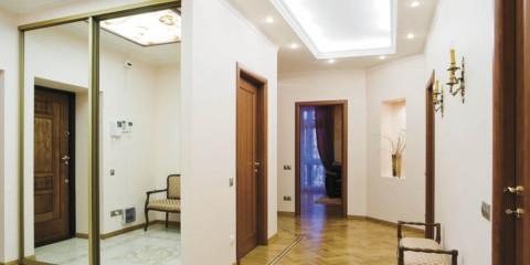 photo de conception d'éclairage de couloir