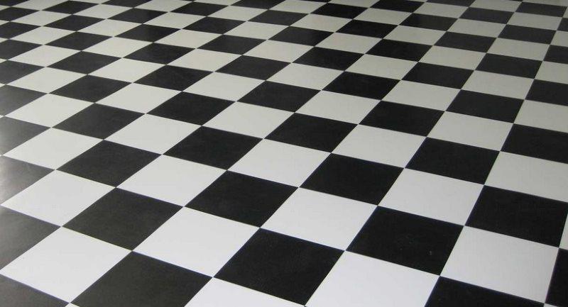 Pont pose de carreaux noir et blanc