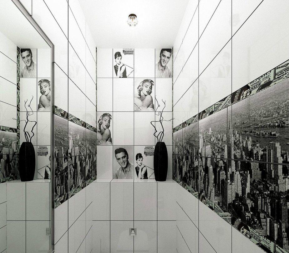 Impression photo sur le mur d'une petite toilette