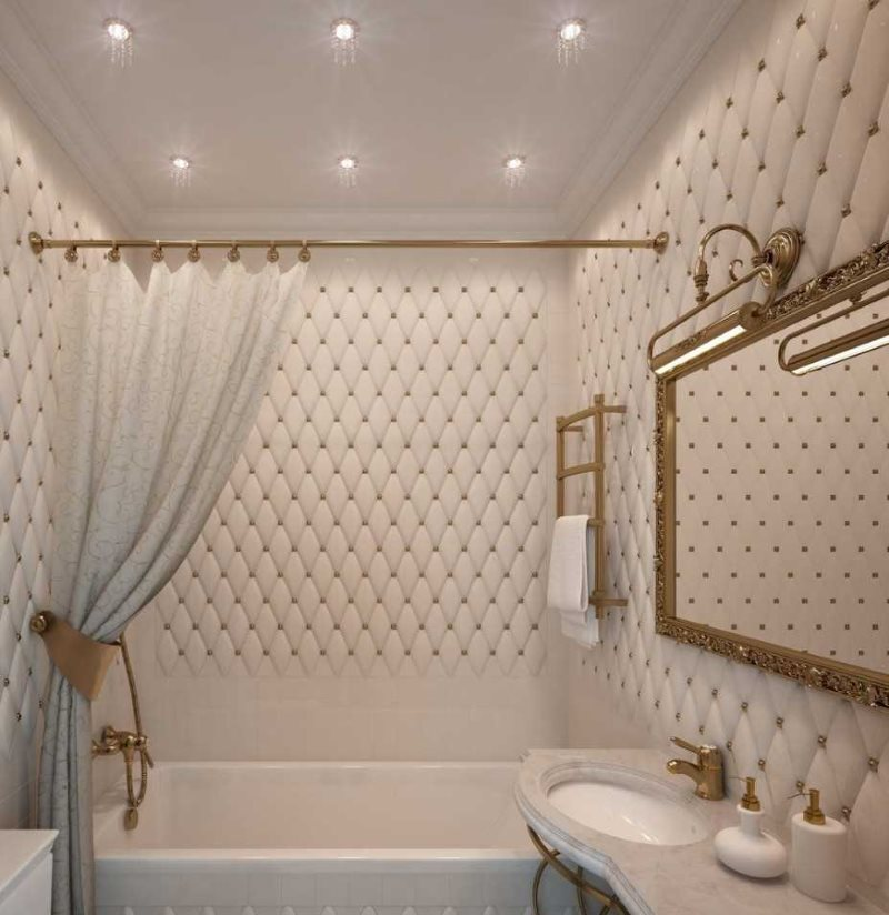 Spots de 2 mètres au plafond de la salle de bain