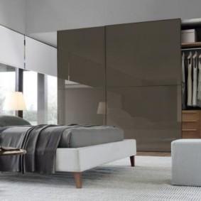 armoire pour un intérieur de chambre