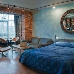 chambre-salon 18 m² grenier
