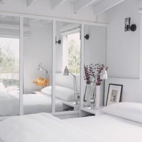 armoire blanche pour une chambre
