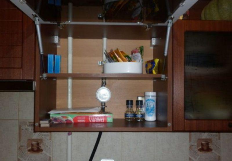 tuyau de gaz dans la cuisine comment se cacher