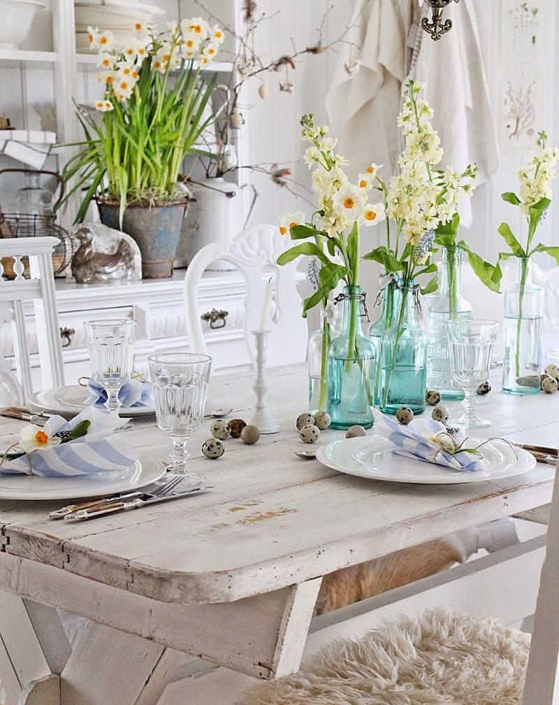 Décor de cuisine de fleurs dans un appartement de ville