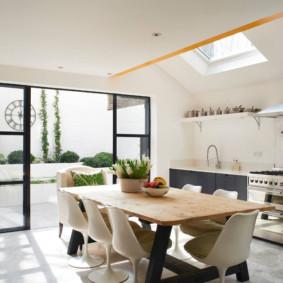 مطبخ غرفة الطعام مع المناور