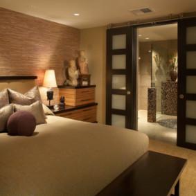 Portes coulissantes dans la chambre