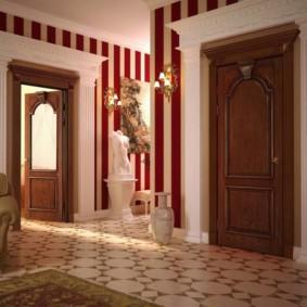 Vase de sol à l'intérieur du couloir