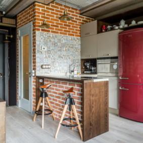 Comptoir de bar dans la cuisine de style loft