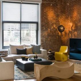 mur de briques dans la conception de photo de salon